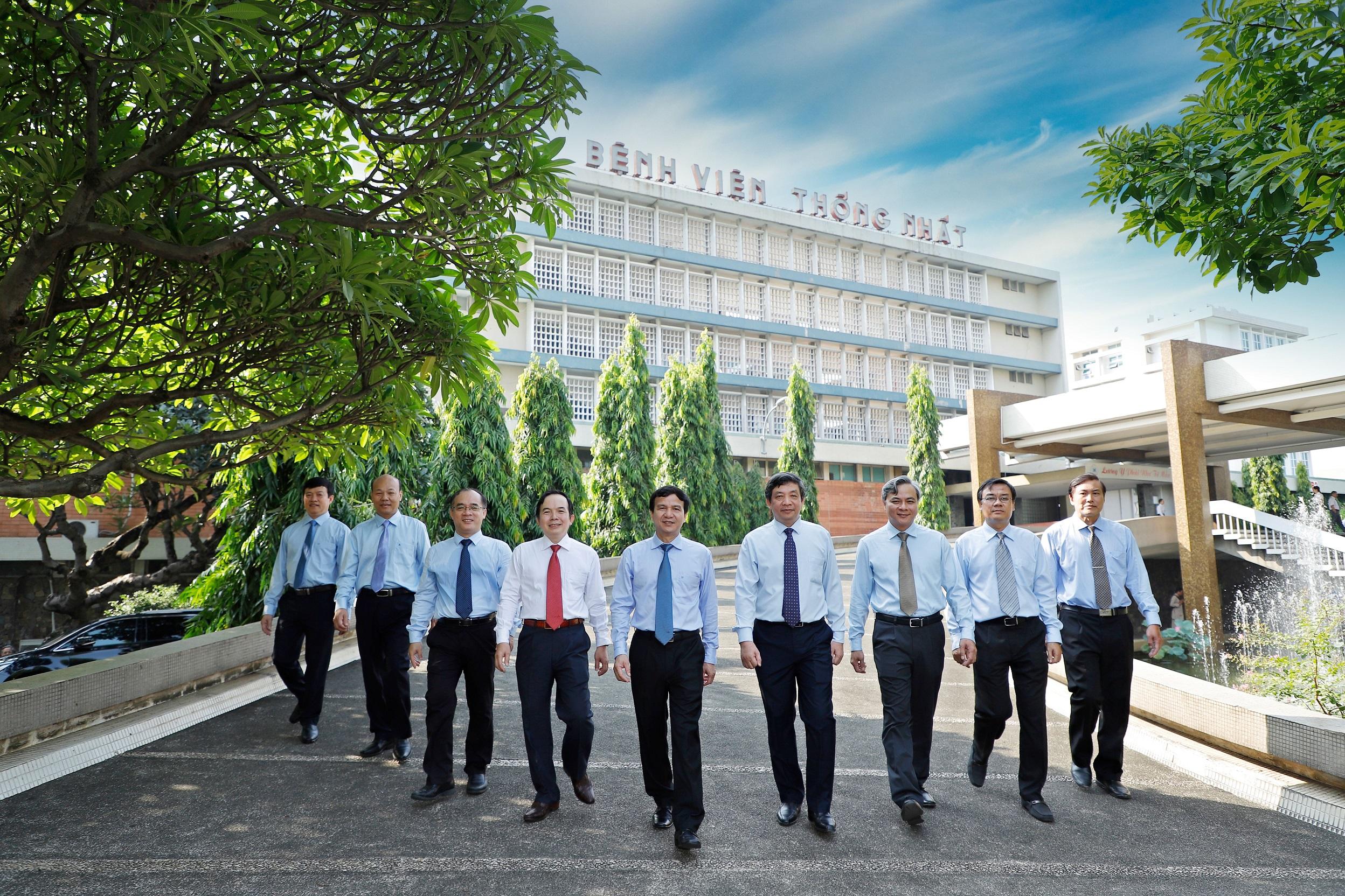 """Những """"cánh chim đầu đàn"""" đưa Bệnh viện Thống Nhất khẳng định vị thế trong ngành Y tế Việt Nam"""