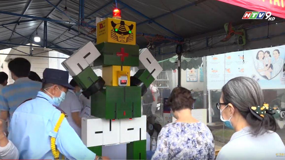 Bệnh viện Thống Nhất sử dụng Robot đo thân nhiệt trong phòng chống dịch Covid-19